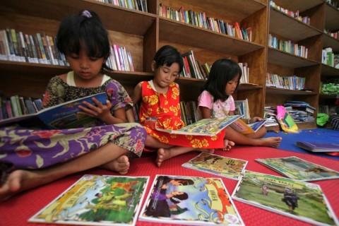 Taman Bacaan Masyarakat Bantu Entaskan Buta Aksara