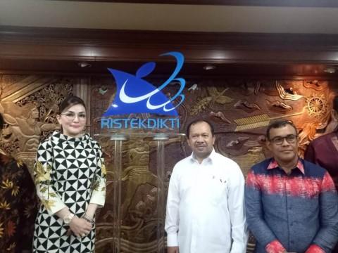 Terapkan Iptek Pada Produksi Minyak Nilam Indonesia