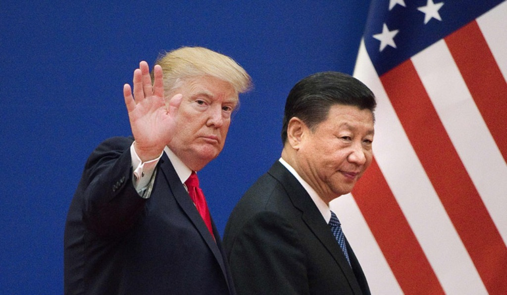 Presiden Amerika Serikat Donald Trump (kiri) dan Presiden Tiongkok Xi Jinping (FOTO: AFP)