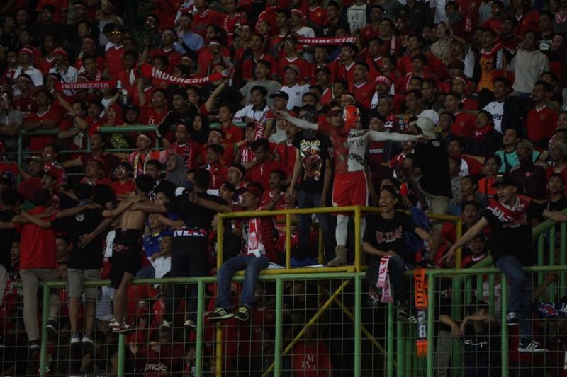 Suporter timnas Indonesia (Medcom.id/Kautsar Halim)