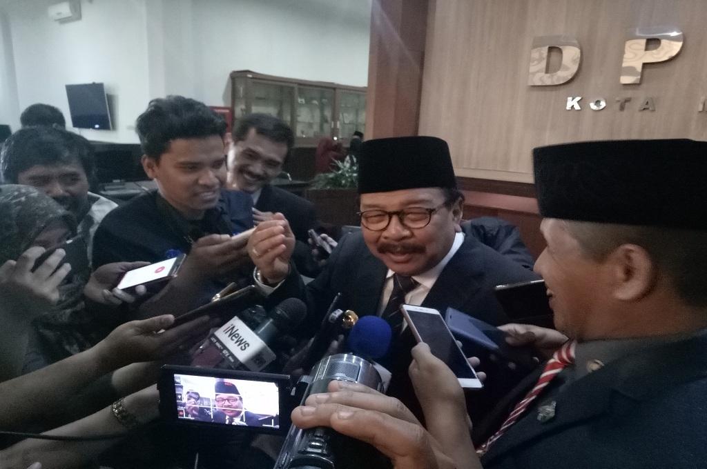 Gubernur Jatim Soekarwo, Medocm.id - Daviq