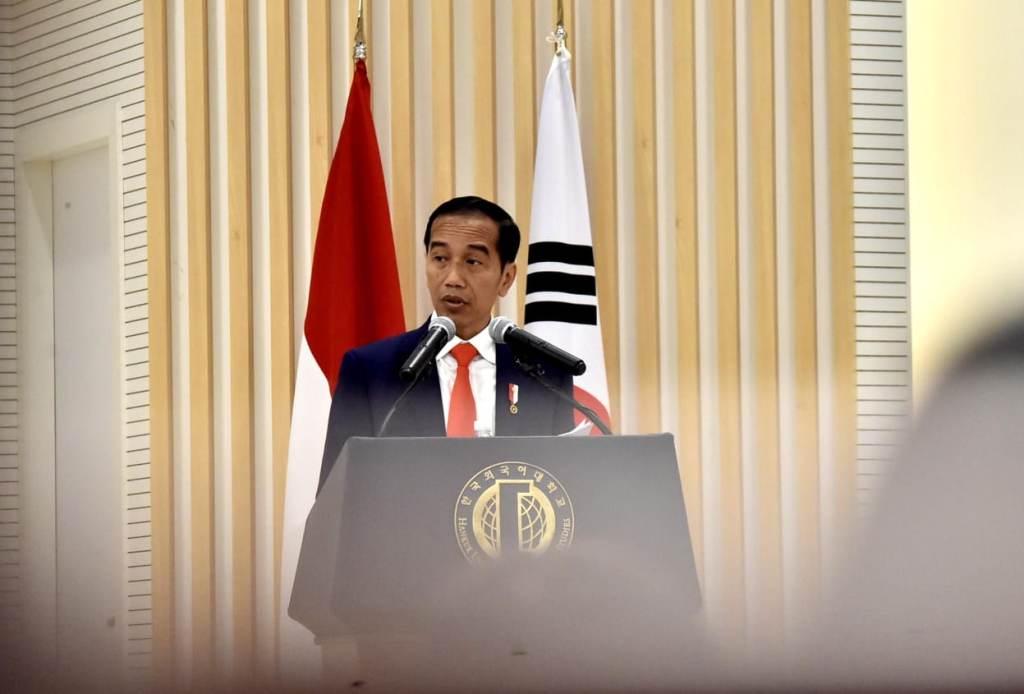 Presiden Jokowi beri kuliah umum di Universitas Hankuk, Korsel. (Foto: Biro Pers Istana).
