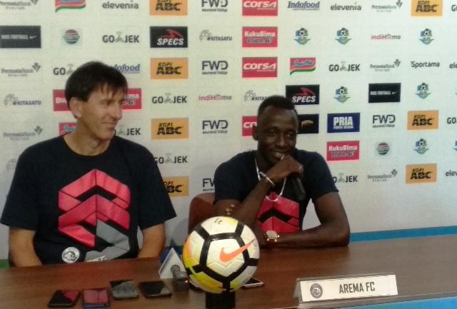 Pelatih Arema Milan Petrovic-Medcom.id/Roni