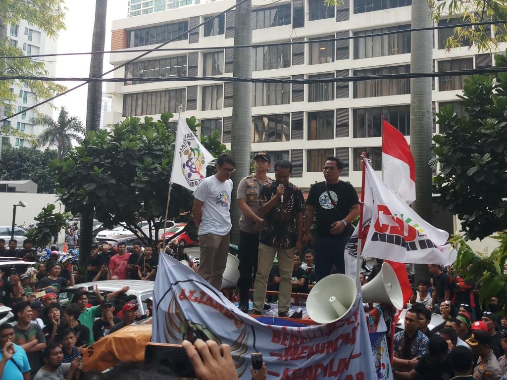 Demo Aliando di Kantor Grab. Foto: Medcom.id/M Sholahadhin Azhar.