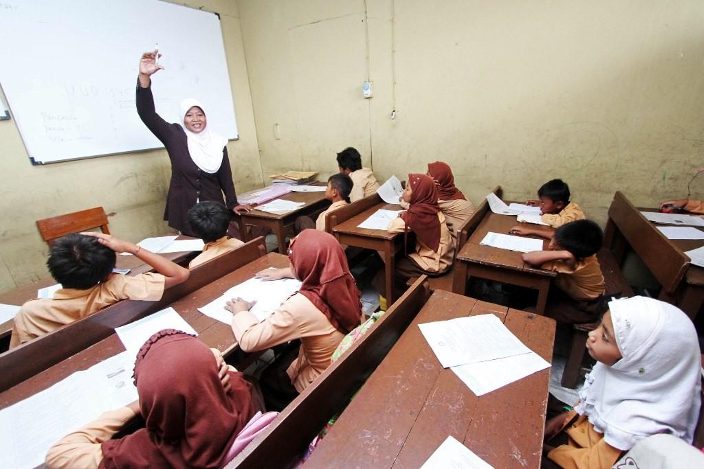Suasana belajar di salah satu Madrasah Ibtidaiyah di Jakarta Timur, MI/Immanuel Antonius.