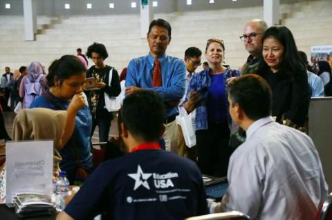 Pameran pendidikan yang digelar Education USA Indonesia di Hall