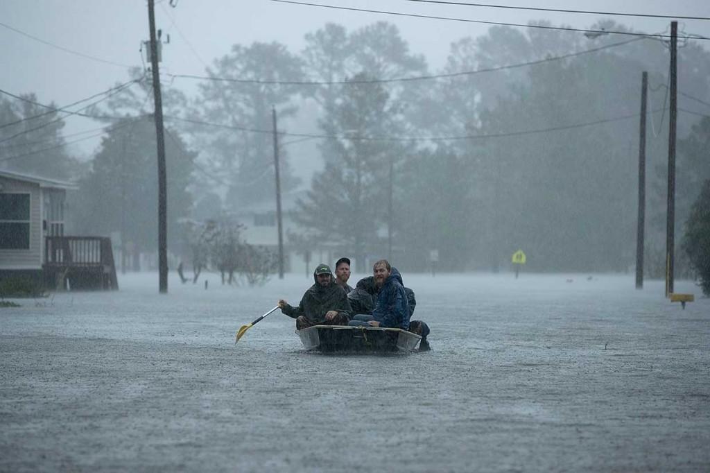 Badai Florence Terjang Carolina, Empat Orang Tewas