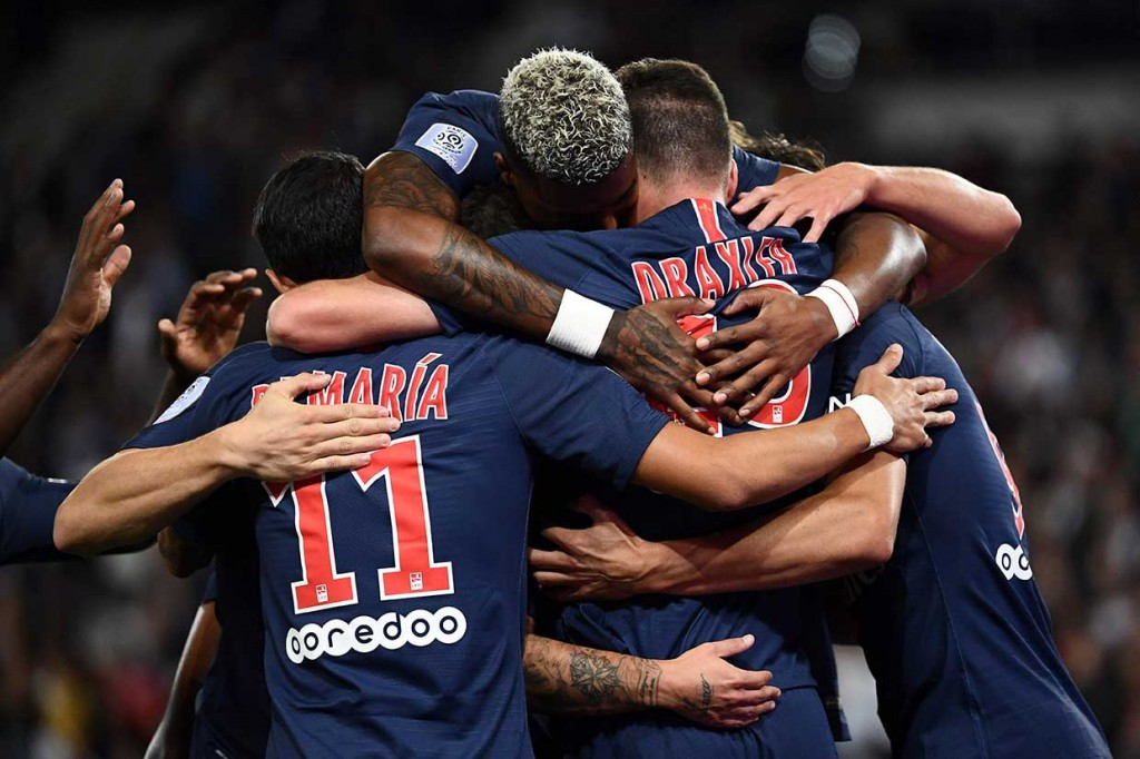 PSG Lumat St Etienne 4-0