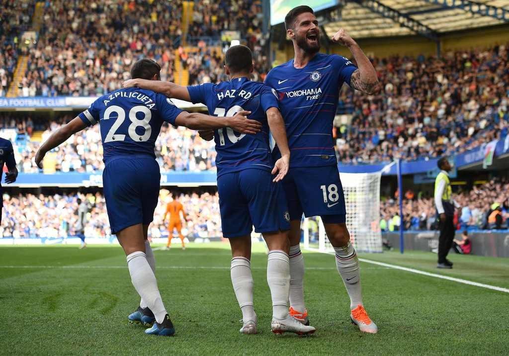 Para pemain Chelsea merayakan kemenangan atas Cardiff (Foto: AFP/ GLYN KIRK )