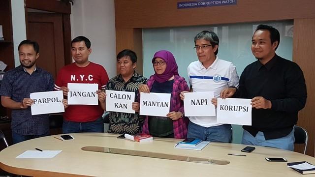 ICW dan berbagai pihak membahas putusan MA soal eks koruptor nyaleg/Medcom.id/Damar Iradat