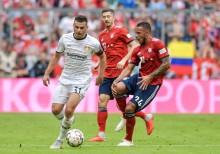 Cedera, Gelandang Bayern Muenchen Absen Lama