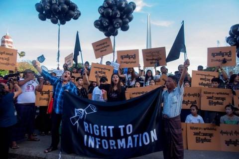 Jurnalis Myanmar Lakukan Protes Penahanan Rekan Seprofresi