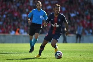 Lawan Liverpool, Neymar Berpotensi tak Bermain di Sektor Sayap