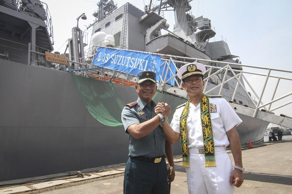 Kapal Perang Jepang Bersandar di Tanjung Priok