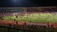 Kericuhan Suporter Warnai Kemenangan Persija atas PSIS