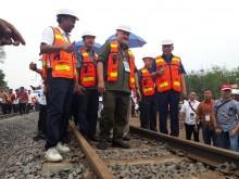 Servo Railway Bangun Jalur KA Batu Bara