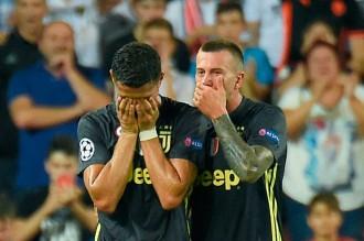 Juve Tekuk Valencia, Ronaldo Dikartu Merah