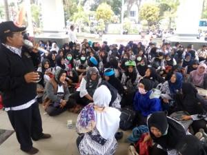 Ribuan Guru Honorer di Malang Tuntut jadi PNS tanpa Tes