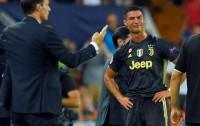 Pelatih Valencia Angkat Bicara Soal Tangisan Ronaldo