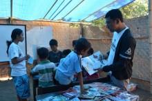 Warga dan Pelajar Kumandangkan NTB Bangkit setelah Gempa