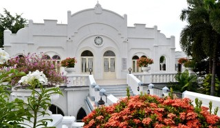 Hotel Majapahit, dari Art Noveau ke Art Deco