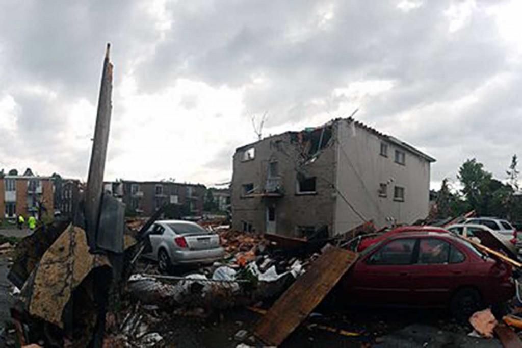 Tornado Terjang Kanada
