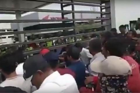 Pabrik Honda di Karawang di Demo Masyarakat