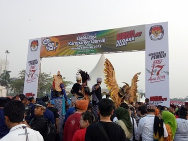 Massa Deklarasi Kampanye Damai Memadati Monas