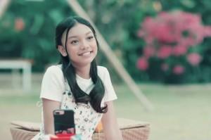 Naura Ungkapkan Cinta Lewat Video Musik Terbaru