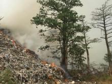 Kebakaran Gunung Sampah TPSA di Cianjur tak Kunjung Padam