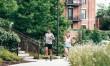 Tips Tetap Aman Berlari Sendirian di Luar Rumah