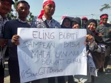 Ribuan Honorer di Brebes Demo Tolak CPNS