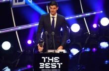 Courtois Rengkuh Gelar Kiper Terbaik FIFA