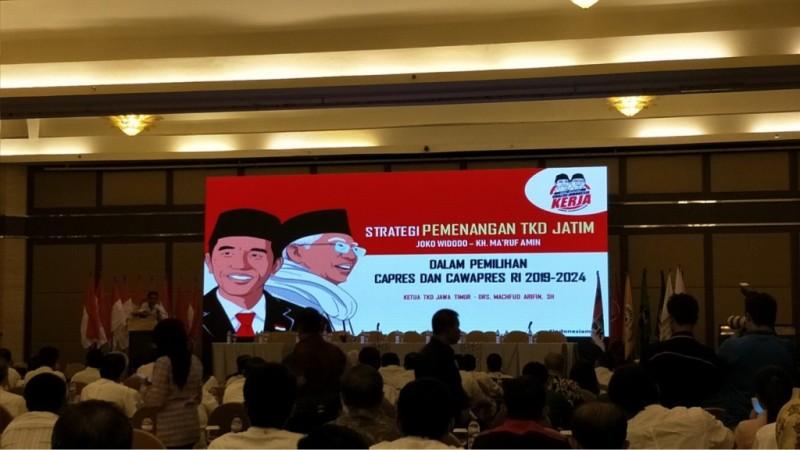 Ratusan tim TKD Jokowi-Ma'ruf Amin di Jatim gelar konsolidasi perdana di Surabaya. (Medcom.id/Amal).