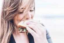 Penelitian: Pola Makan Mediterania Turunkan Risiko Stroke Hingga 20 Persen