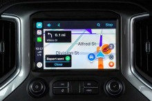Waze Kini Berfungsi di Apple CarPlay