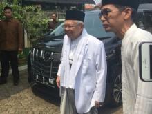 Mahfud MD Sambut Ma'ruf Amin di Kediaman Gus Dur