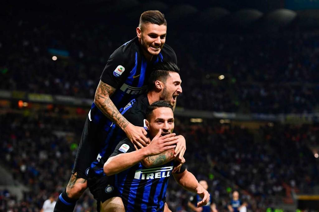 Inter Milan Tundukkan Fiorentina 2-1