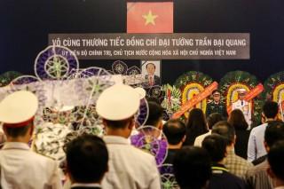 Ratusan Pelayat Antarkan Jenazah Presiden Vietnam ke Pemakaman