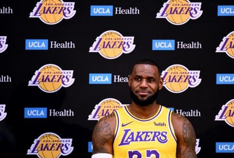 LeBron Enggan Patok Target Terlalu Muluk Bersama Lakers