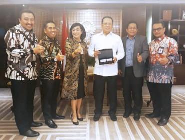 DPR RI Berencana Terapkan <i>e-Voting</i>