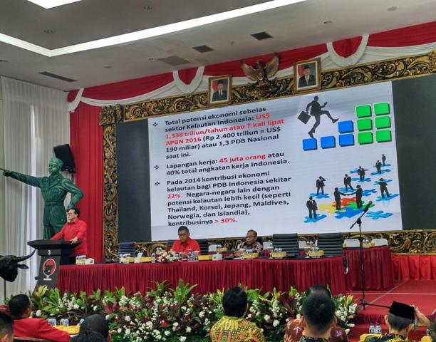 Suasana Focus group discussion bertema akselerasi industri 4.0 berbasis produk kelautan dan perikanan Indonesia ini dihadiri sejumlah kepala daerah dari PDI Perjuangan--Medcom.id/Dheri Agriesta.