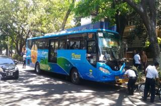 Naik Trans Metro Bayar Rp500 Harus Pakai Uang Elektronik