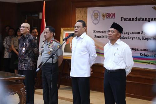 Kepala BKN Bima Haria Wibisana, Kapolri Tito Karnavian, Menteri