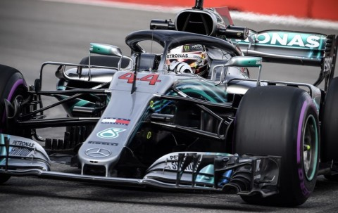 Hamilton Kalahkan Vettel di Latihan Bebas Kedua