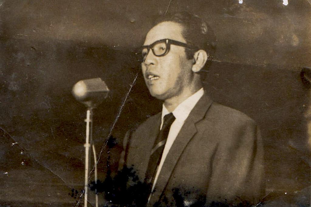 Bachtiar Siagian, diperkirakan sedang berpidato dalam Festival Film Asia Afrika 1964 (Foto: Dok. Bunga Siagian)