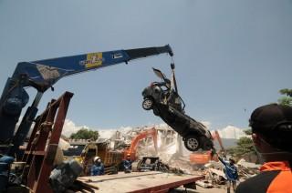 Baru Ada 9 Ekskavator Tangani Bencana di Palu