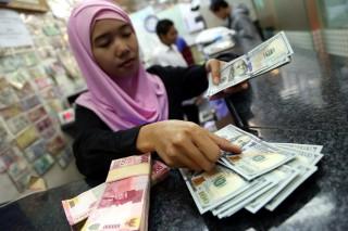 Rupiah Tergantung Realisasi Perbaikan Defisit Transaksi Berjalan