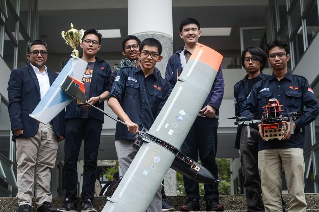 Robot Terbang ITB Dapat Penghargaan Internasional di Turki