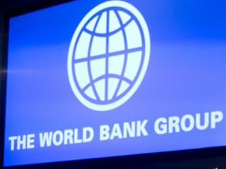 Bank Dunia: Pertumbuhan Ekonomi Indonesia Tetap Positif